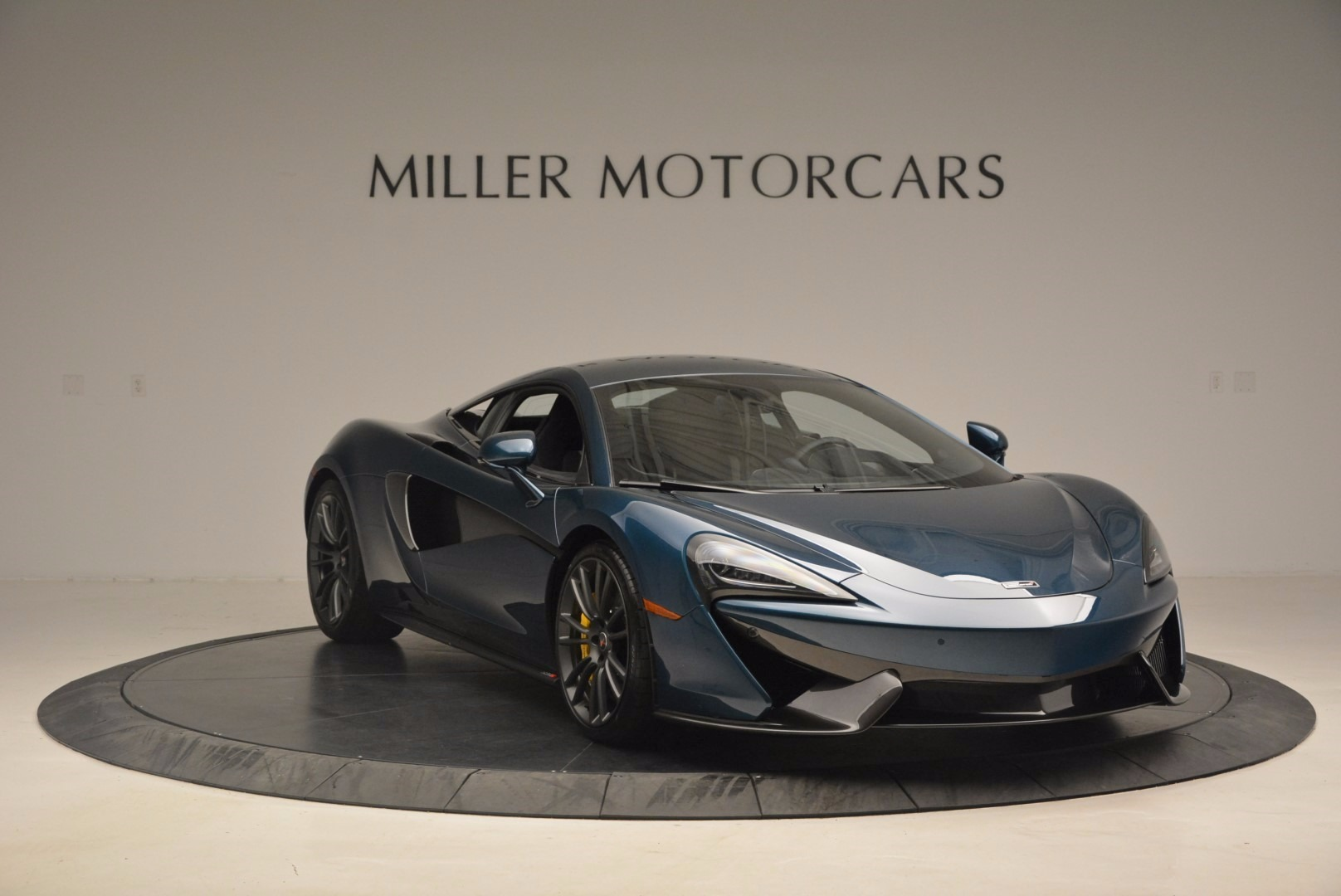 New 2017 McLaren 570S  | Greenwich, CT