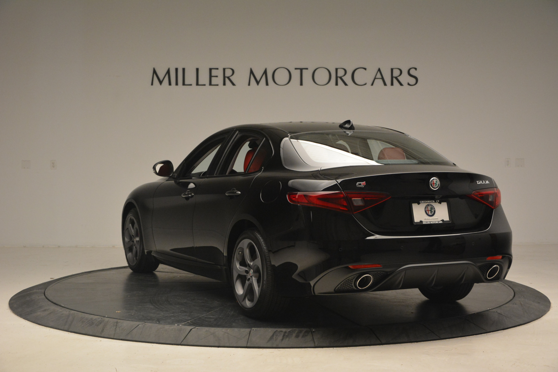 New 2017 Alfa Romeo Giulia Q4 | Greenwich, CT