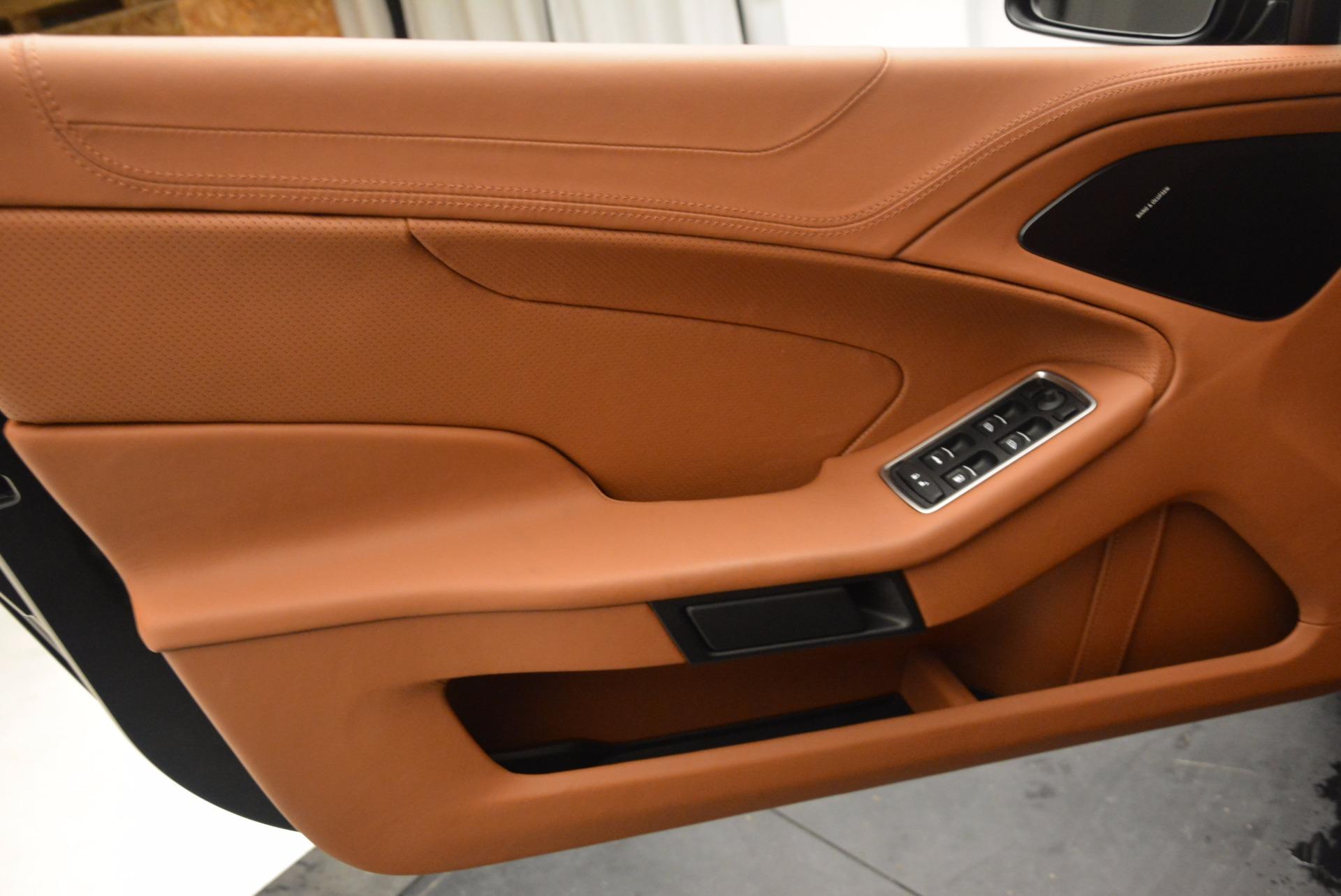 New 2018 Aston Martin Vanquish S Volante   Greenwich, CT