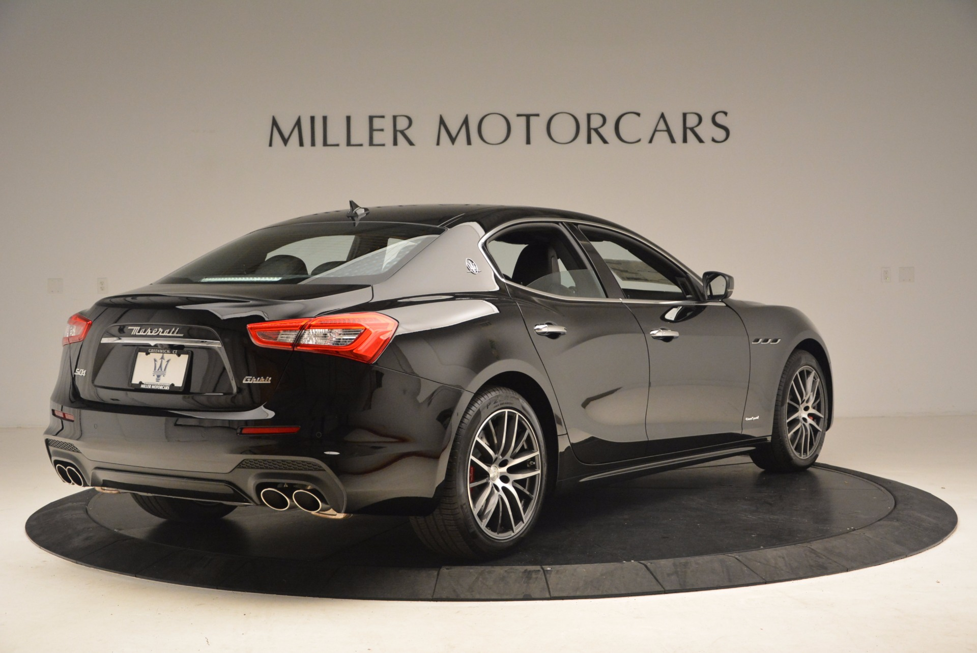 Used 2018 Maserati Ghibli S Q4 Gransport | Greenwich, CT