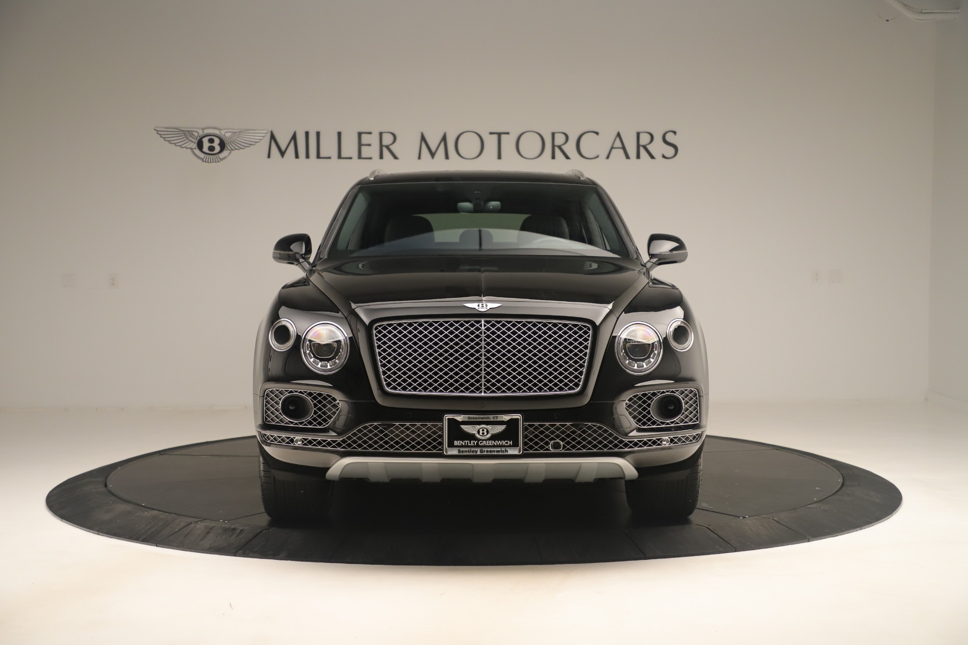 Used 2018 Bentley Bentayga W12 Signature | Greenwich, CT