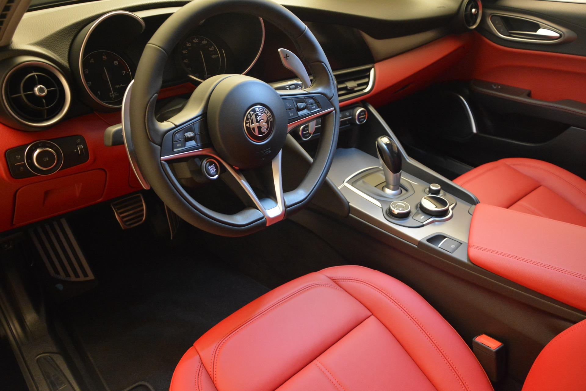 New 2018 Alfa Romeo Giulia Sport Q4 | Greenwich, CT