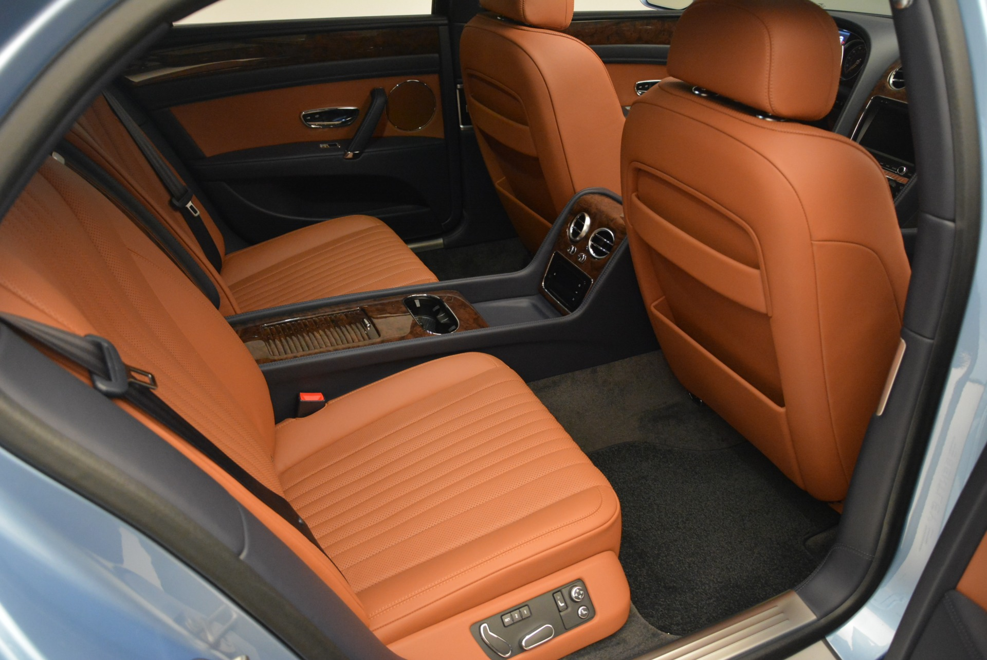New 2018 Bentley Flying Spur V8 | Greenwich, CT
