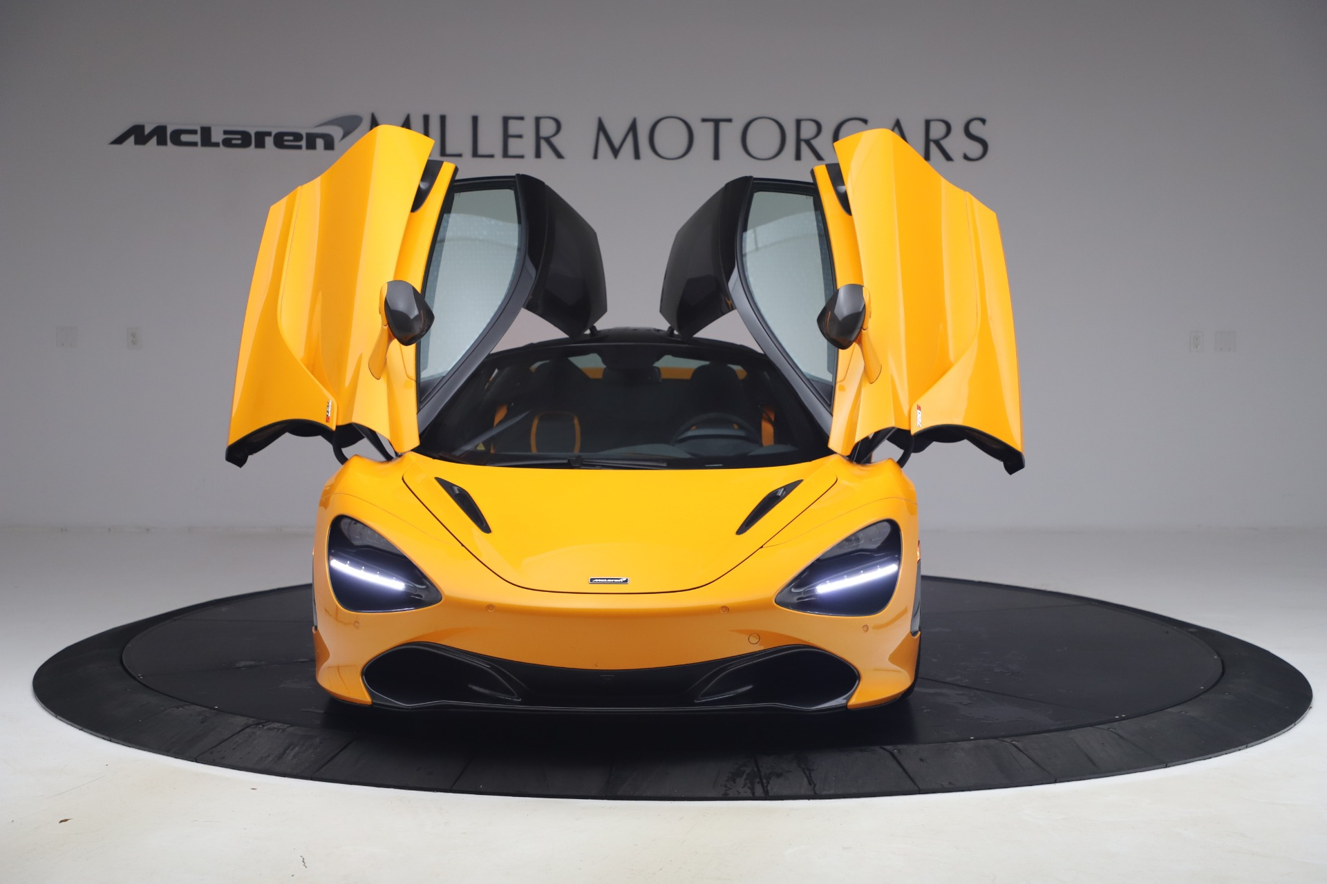 New 2019 McLaren 720S Coupe   Greenwich, CT