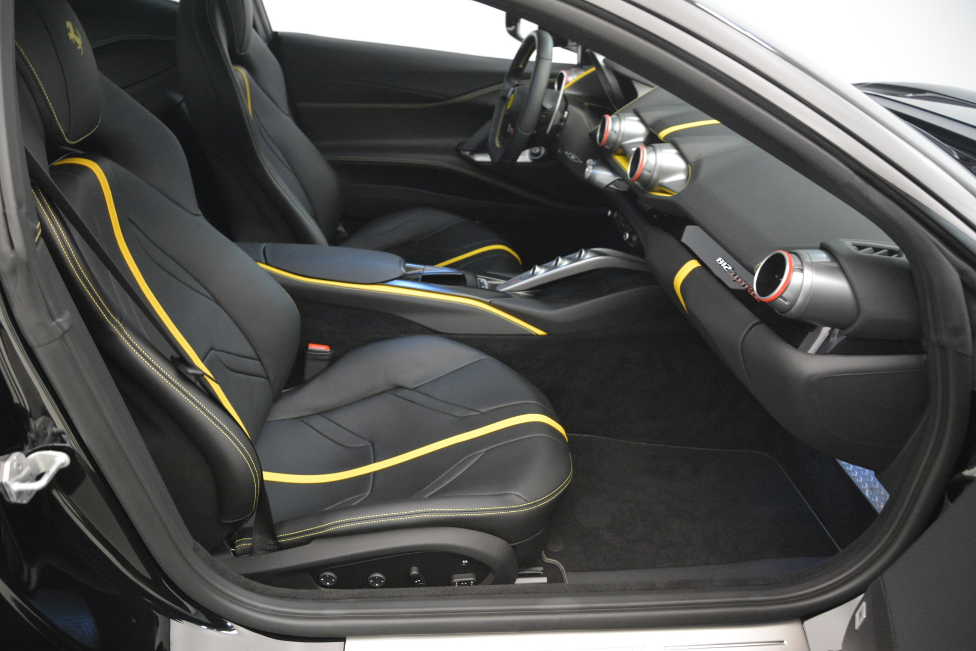 Used 2019 Ferrari 812 Superfast    Greenwich, CT