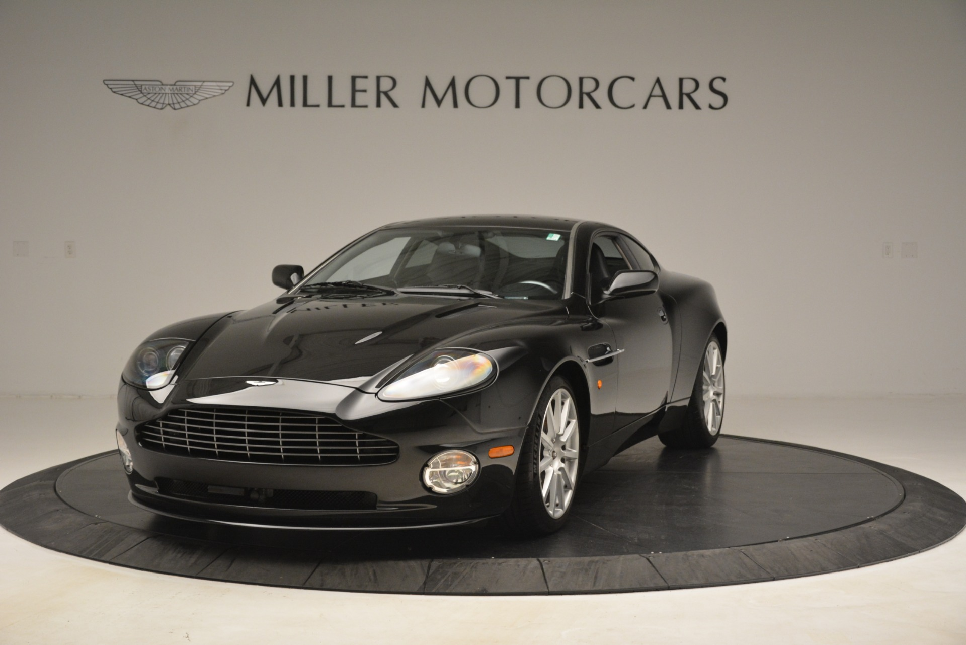 Used 2005 Aston Martin V12 Vanquish S Coupe | Greenwich, CT