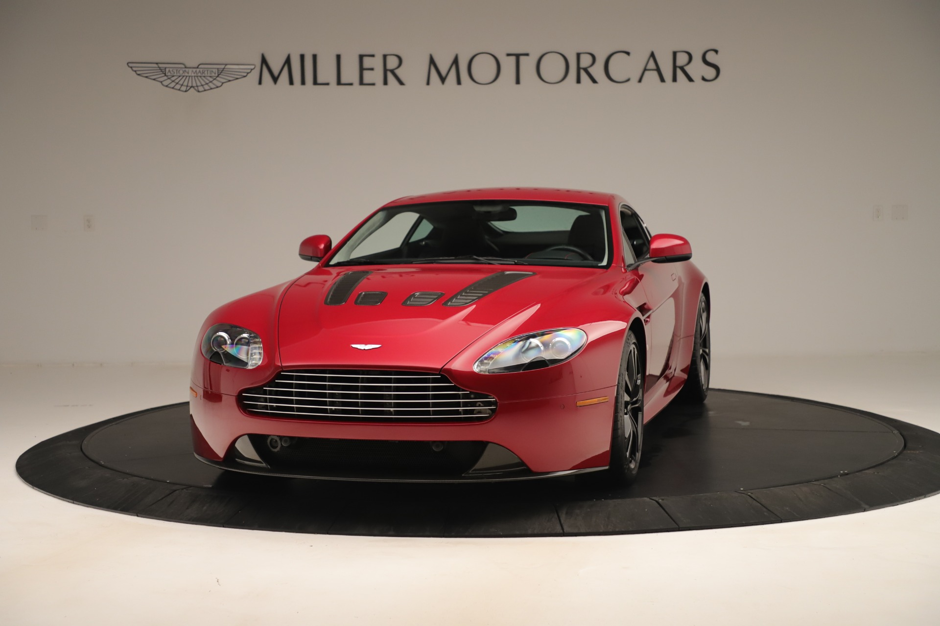 Used 2011 Aston Martin V12 Vantage Coupe | Greenwich, CT