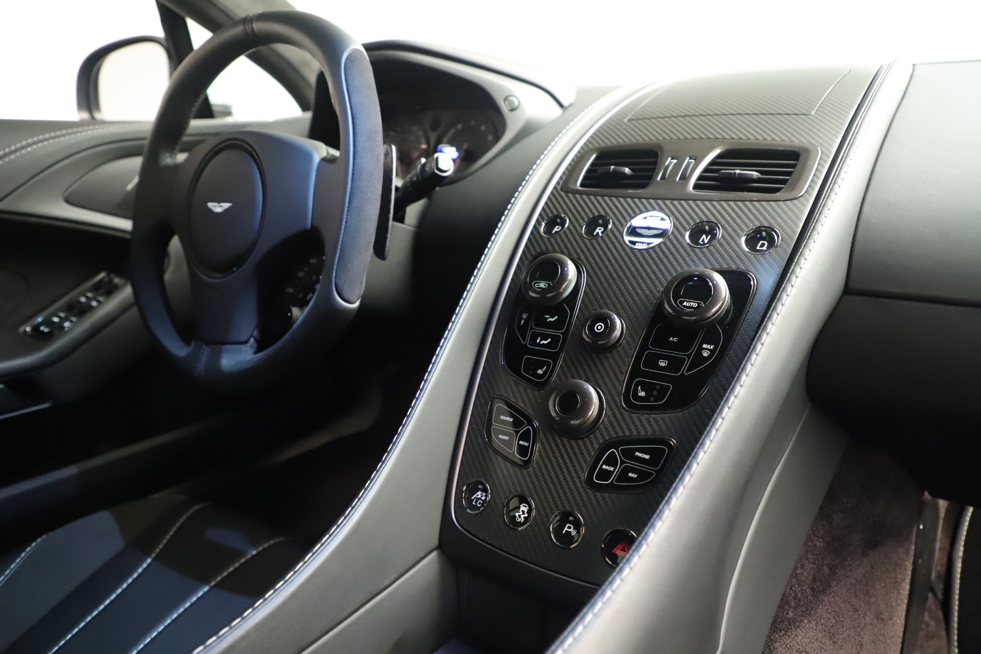 Used 2014 Aston Martin Vanquish Coupe | Greenwich, CT
