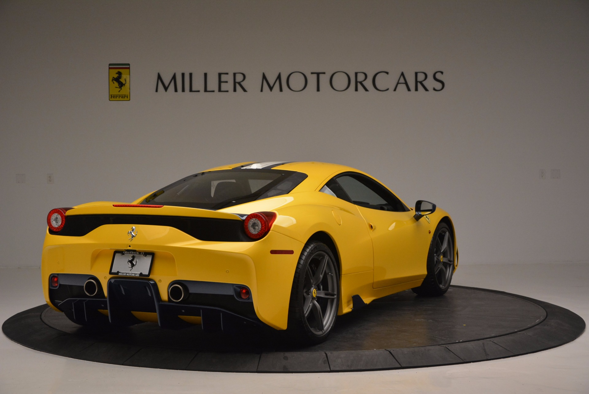 Used 2015 Ferrari 458 Speciale  | Greenwich, CT