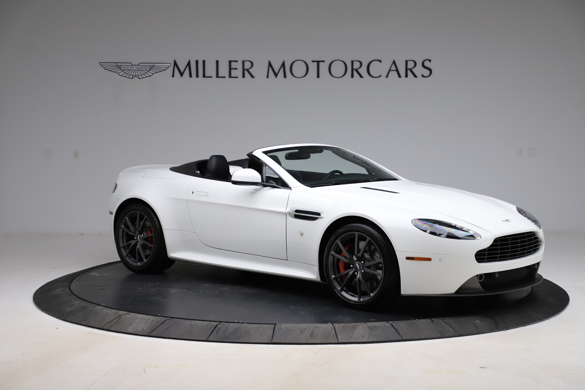 New 2015 Aston Martin Vantage GT GT Roadster | Greenwich, CT