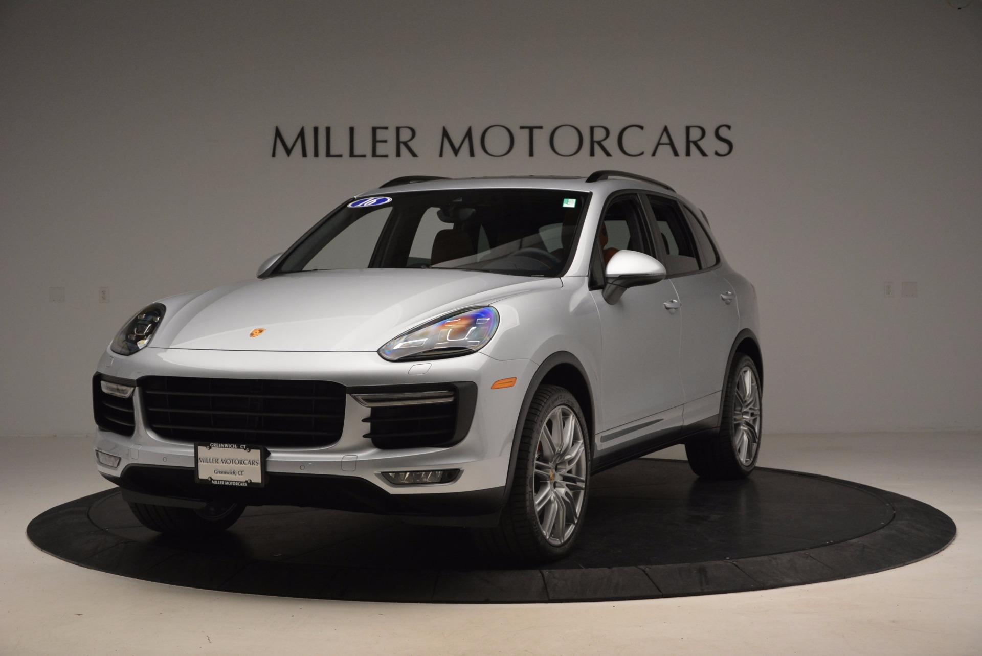 Used 2016 Porsche Cayenne Turbo for sale Sold at McLaren Greenwich in Greenwich CT 06830 1