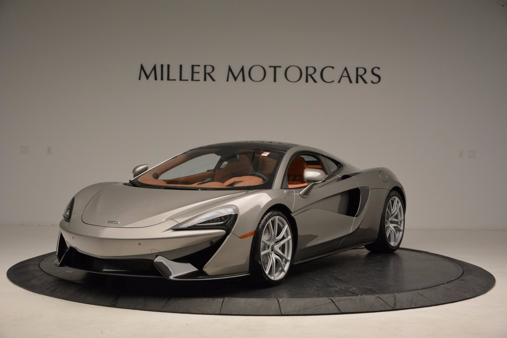 Used 2017 McLaren 570GT for sale Sold at McLaren Greenwich in Greenwich CT 06830 1