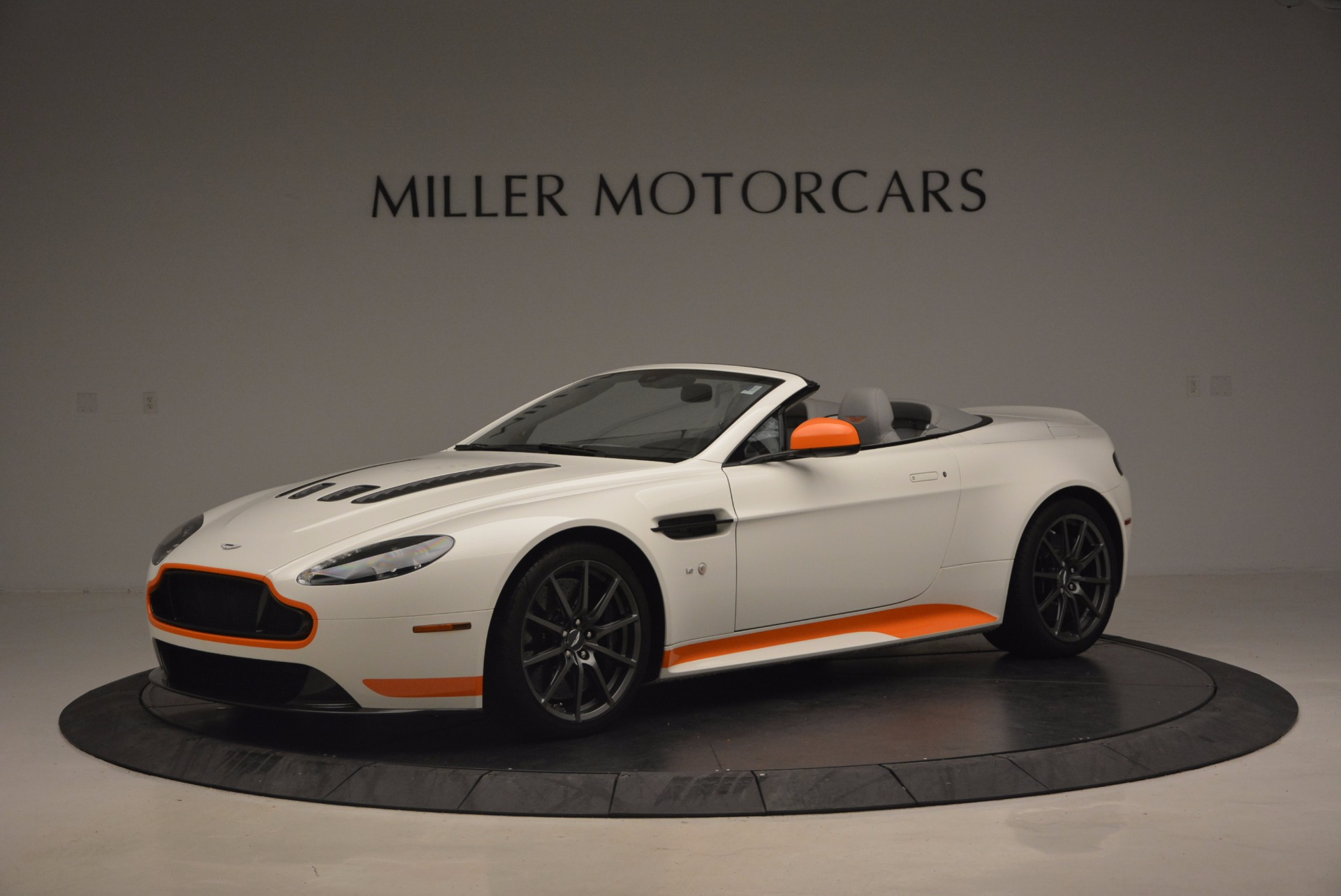 Used 2017 Aston Martin V12 Vantage S Convertible for sale Sold at McLaren Greenwich in Greenwich CT 06830 1