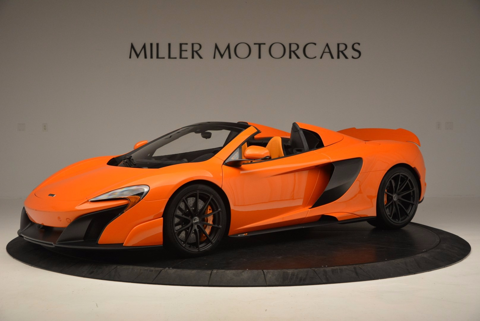 Used 2016 McLaren 675LT Spider Convertible for sale Sold at McLaren Greenwich in Greenwich CT 06830 1