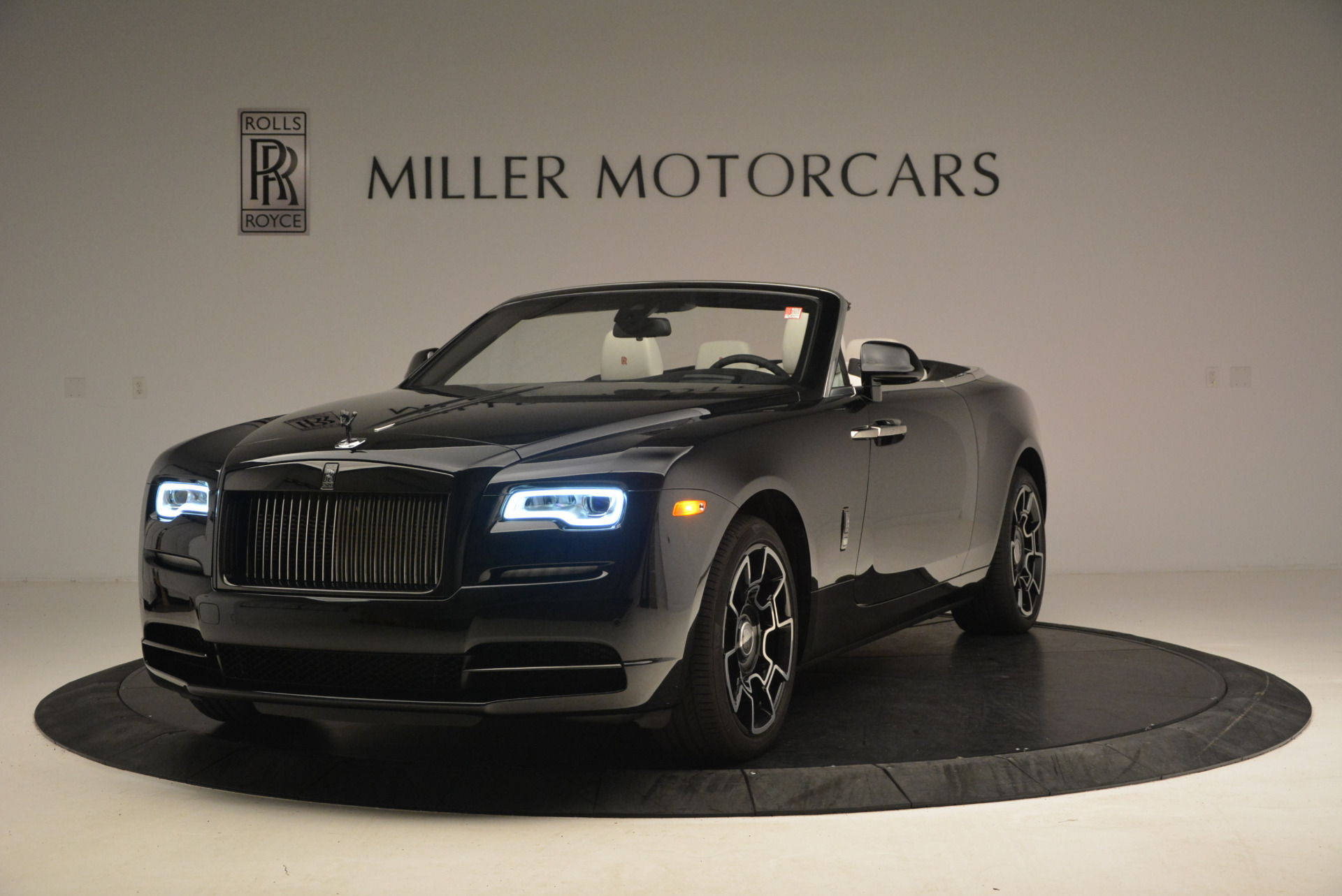 New 2018 Rolls-Royce Dawn Black Badge for sale Sold at McLaren Greenwich in Greenwich CT 06830 1