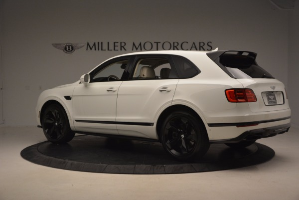 Used 2018 Bentley Bentayga Black Edition for sale $159,900 at McLaren Greenwich in Greenwich CT 06830 4
