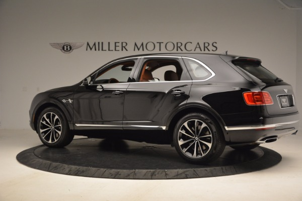 Used 2018 Bentley Bentayga Onyx for sale $149,900 at McLaren Greenwich in Greenwich CT 06830 4