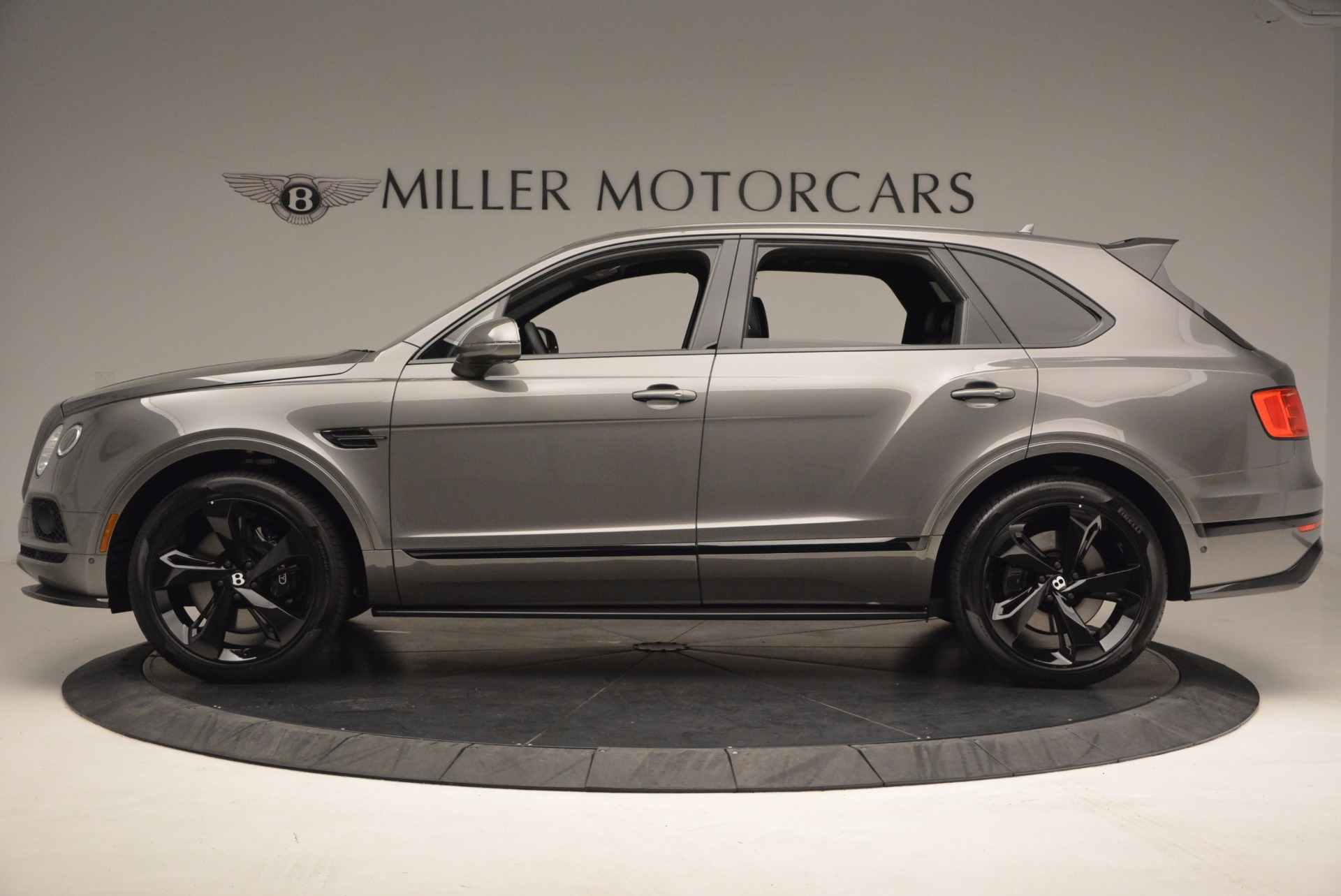 New 2018 Bentley Bentayga Black Edition For Sale Special Pricing Mclaren Greenwich Stock B1290