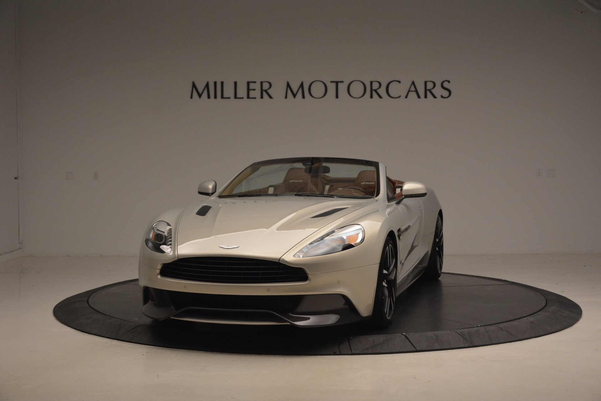 Used 2015 Aston Martin Vanquish Volante for sale Sold at McLaren Greenwich in Greenwich CT 06830 1
