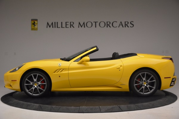 Used 2011 Ferrari California for sale Sold at McLaren Greenwich in Greenwich CT 06830 3