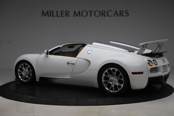 Used 2011 Bugatti Veyron 16.4 Grand Sport for sale Call for price at McLaren Greenwich in Greenwich CT 06830 4
