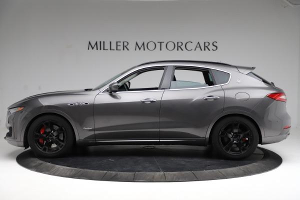 Used 2018 Maserati Levante SQ4 GranSport for sale $55,900 at McLaren Greenwich in Greenwich CT 06830 3