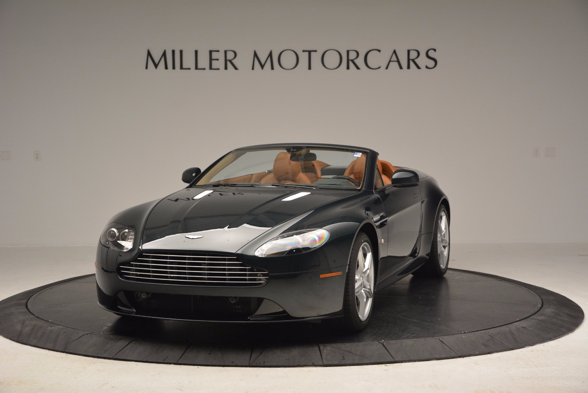 Used 2016 Aston Martin V8 Vantage S Roadster for sale Sold at McLaren Greenwich in Greenwich CT 06830 1
