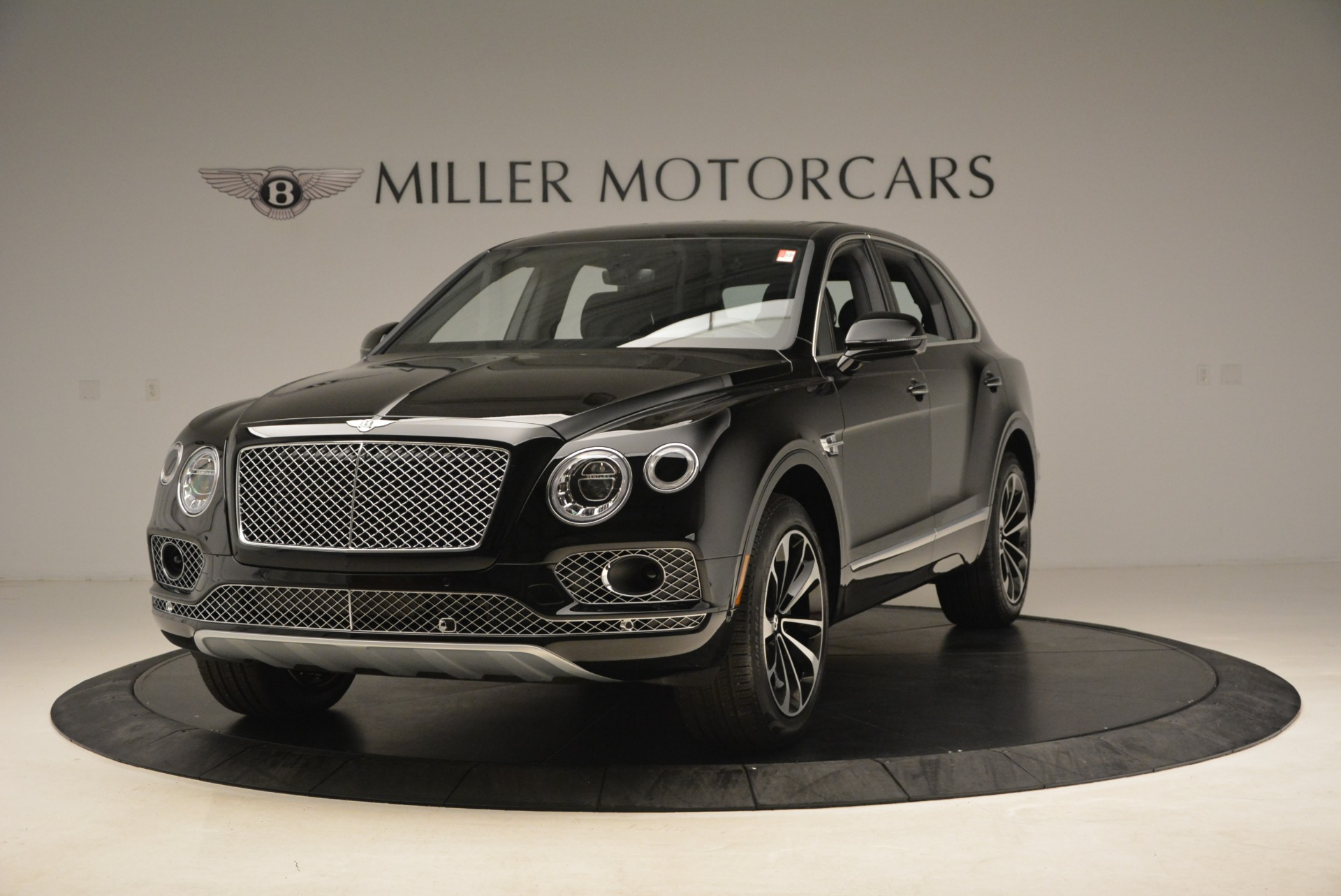 Used 2018 Bentley Bentayga Onyx Edition for sale $139,900 at McLaren Greenwich in Greenwich CT 06830 1