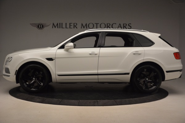 Used 2018 Bentley Bentayga Signature for sale Sold at McLaren Greenwich in Greenwich CT 06830 3