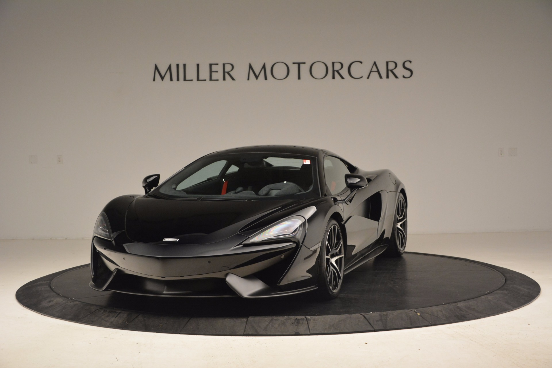 Used 2016 McLaren 570S for sale Sold at McLaren Greenwich in Greenwich CT 06830 1