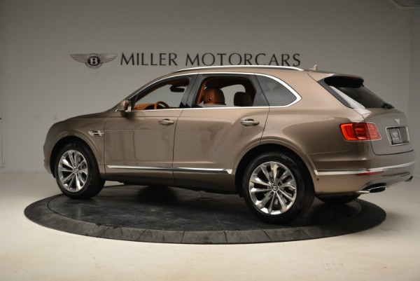 Used 2018 Bentley Bentayga W12 Signature for sale $159,900 at McLaren Greenwich in Greenwich CT 06830 4