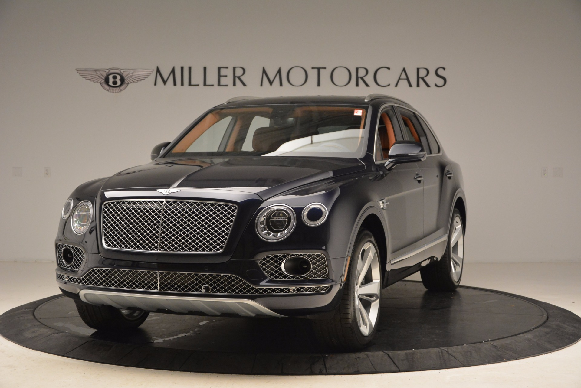 Used 2018 Bentley Bentayga W12 Signature for sale Call for price at McLaren Greenwich in Greenwich CT 06830 1