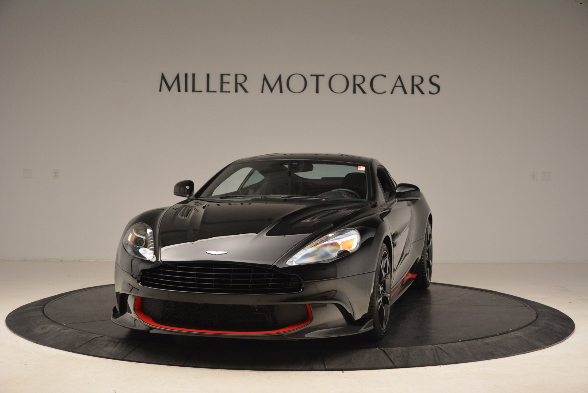 Used 2018 Aston Martin Vanquish S for sale Sold at McLaren Greenwich in Greenwich CT 06830 1