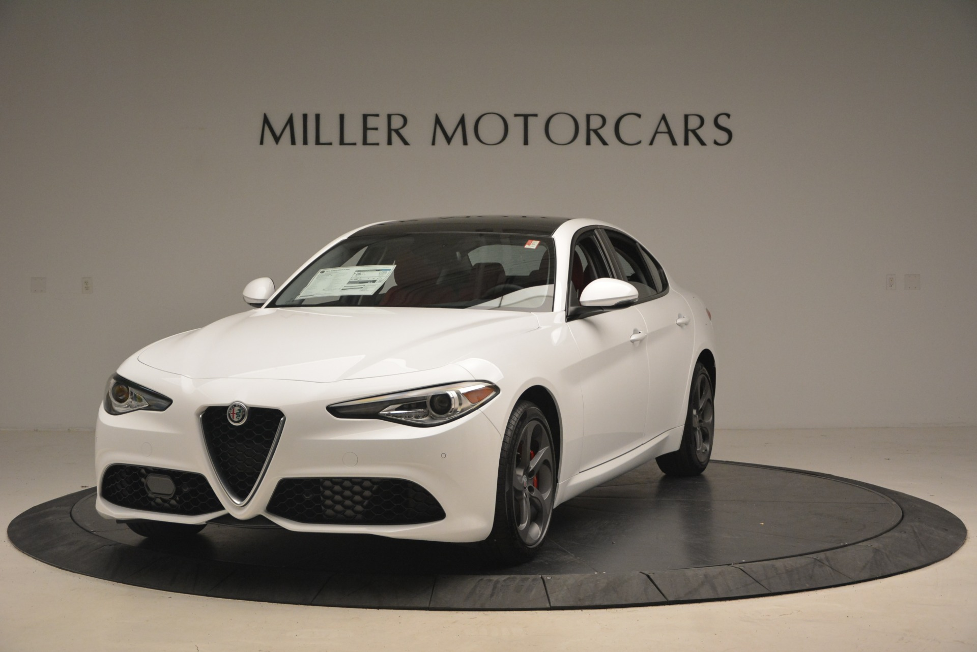 New 2018 Alfa Romeo Giulia Sport Q4 for sale Sold at McLaren Greenwich in Greenwich CT 06830 1