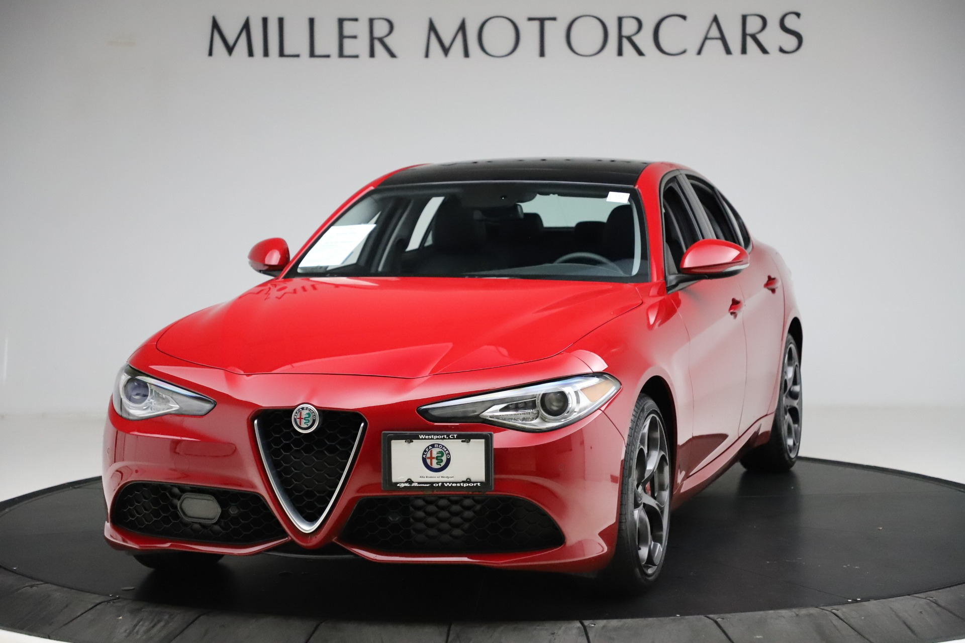 Used 2018 Alfa Romeo Giulia Ti Sport Q4 for sale $31,900 at McLaren Greenwich in Greenwich CT 06830 1