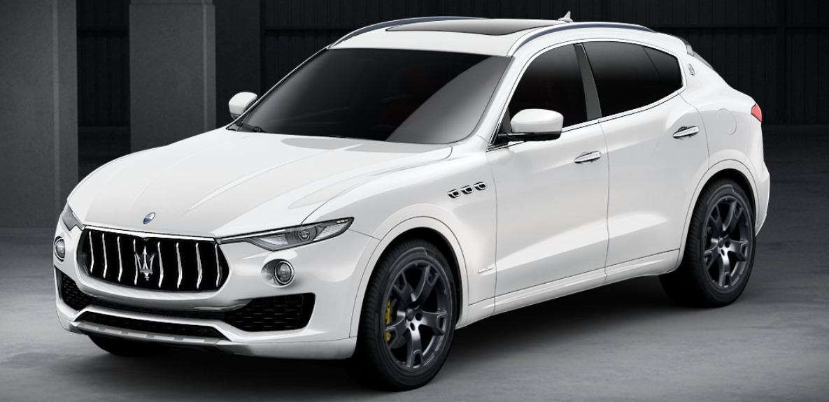 New 2018 Maserati Levante Q4 GranLusso for sale Sold at McLaren Greenwich in Greenwich CT 06830 1