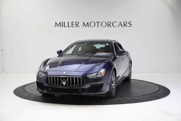 Used 2018 Maserati Ghibli S Q4 for sale $53,900 at McLaren Greenwich in Greenwich CT 06830 1