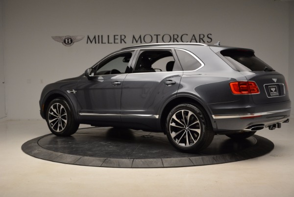 Used 2018 Bentley Bentayga W12 Signature for sale Sold at McLaren Greenwich in Greenwich CT 06830 4