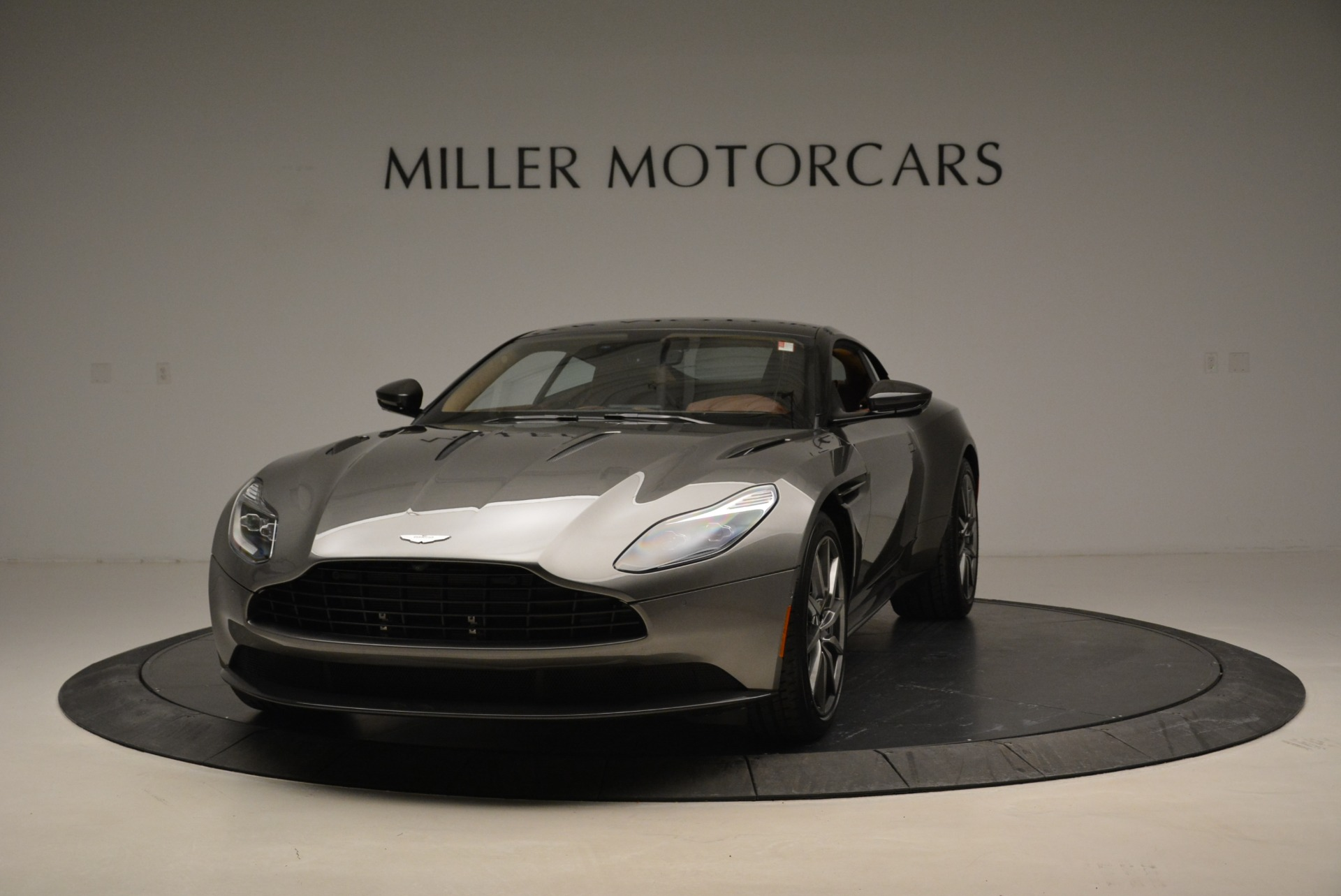 Used 2018 Aston Martin DB11 V12 for sale $169,990 at McLaren Greenwich in Greenwich CT 06830 1