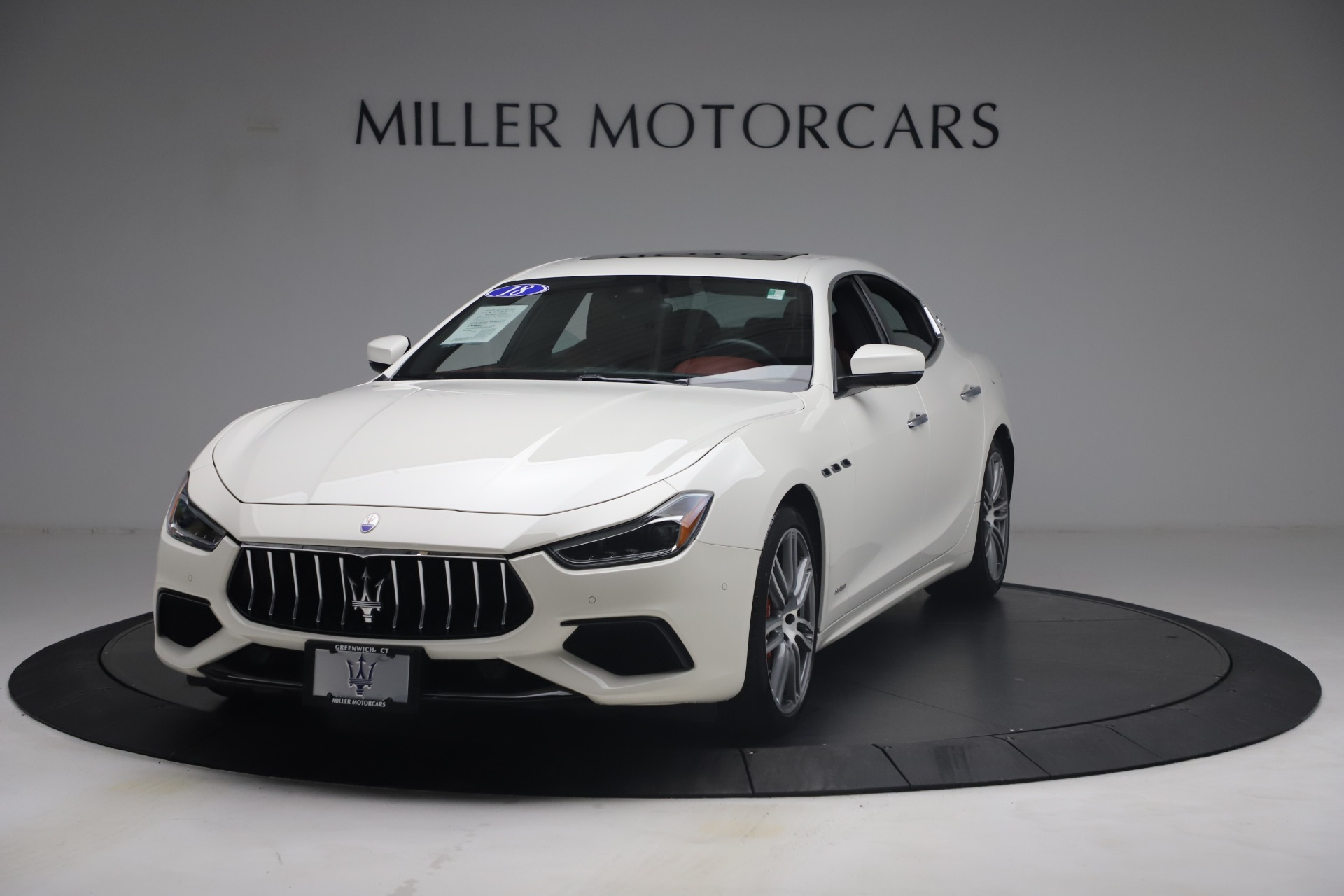 Used 2018 Maserati Ghibli S Q4 GranSport for sale $55,900 at McLaren Greenwich in Greenwich CT 06830 1