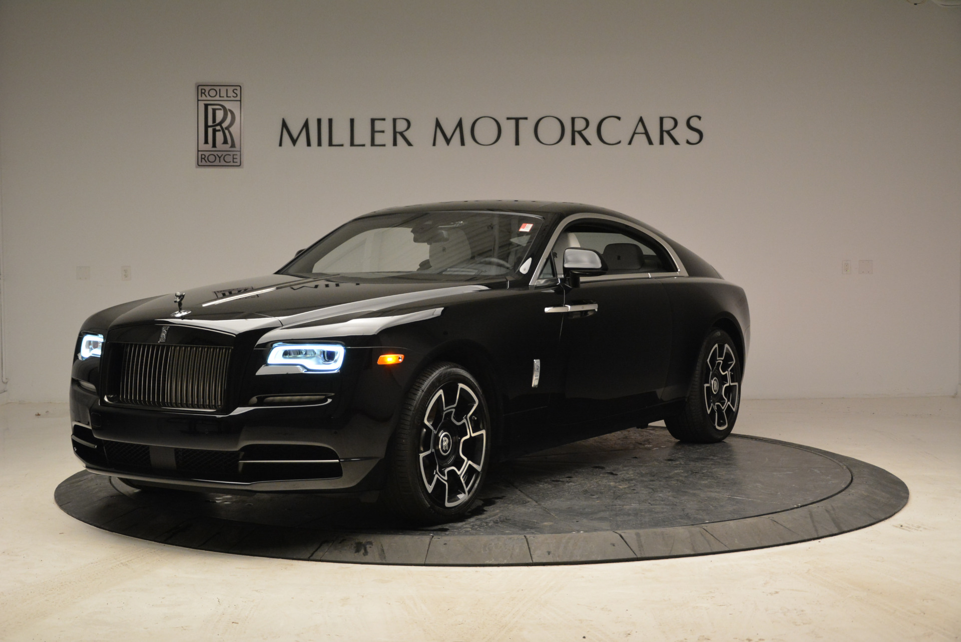 Used 2017 Rolls-Royce Wraith Black Badge for sale Sold at McLaren Greenwich in Greenwich CT 06830 1