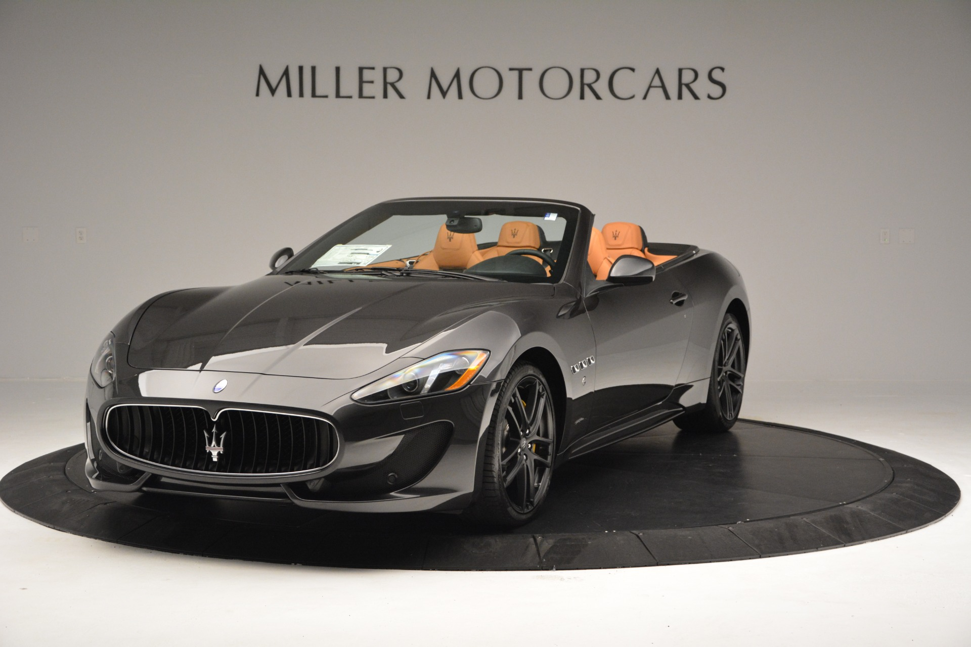 Used 2015 Maserati GranTurismo Sport Convertible for sale Sold at McLaren Greenwich in Greenwich CT 06830 1