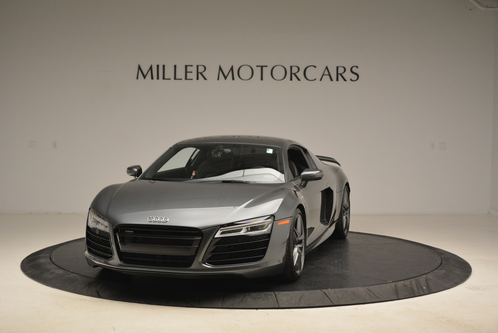 Used 2014 Audi R8 5.2 quattro for sale Sold at McLaren Greenwich in Greenwich CT 06830 1