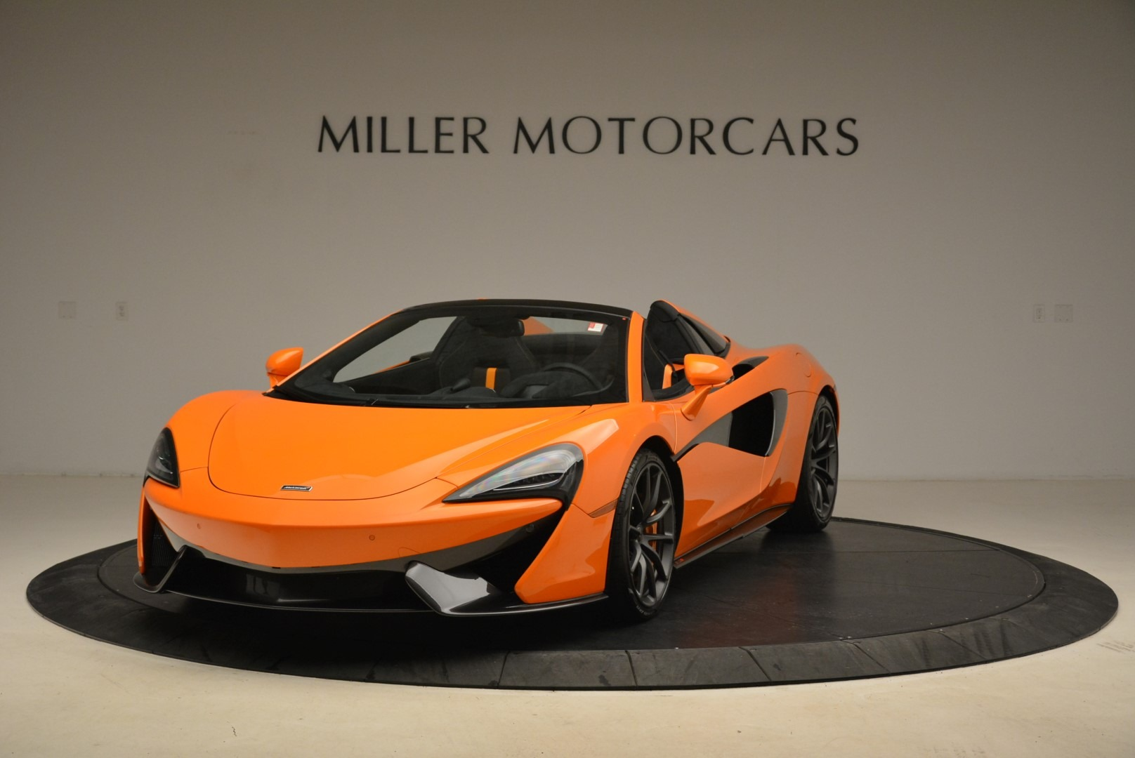 Used 2018 McLaren 570S Spider Convertible for sale Sold at McLaren Greenwich in Greenwich CT 06830 1