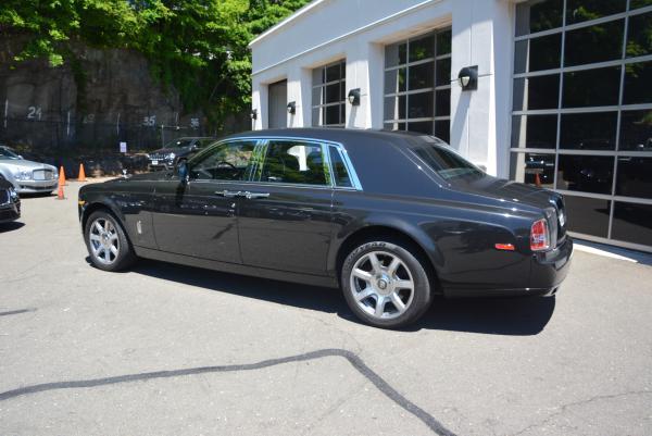 New 2016 Rolls-Royce Phantom for sale Sold at McLaren Greenwich in Greenwich CT 06830 4