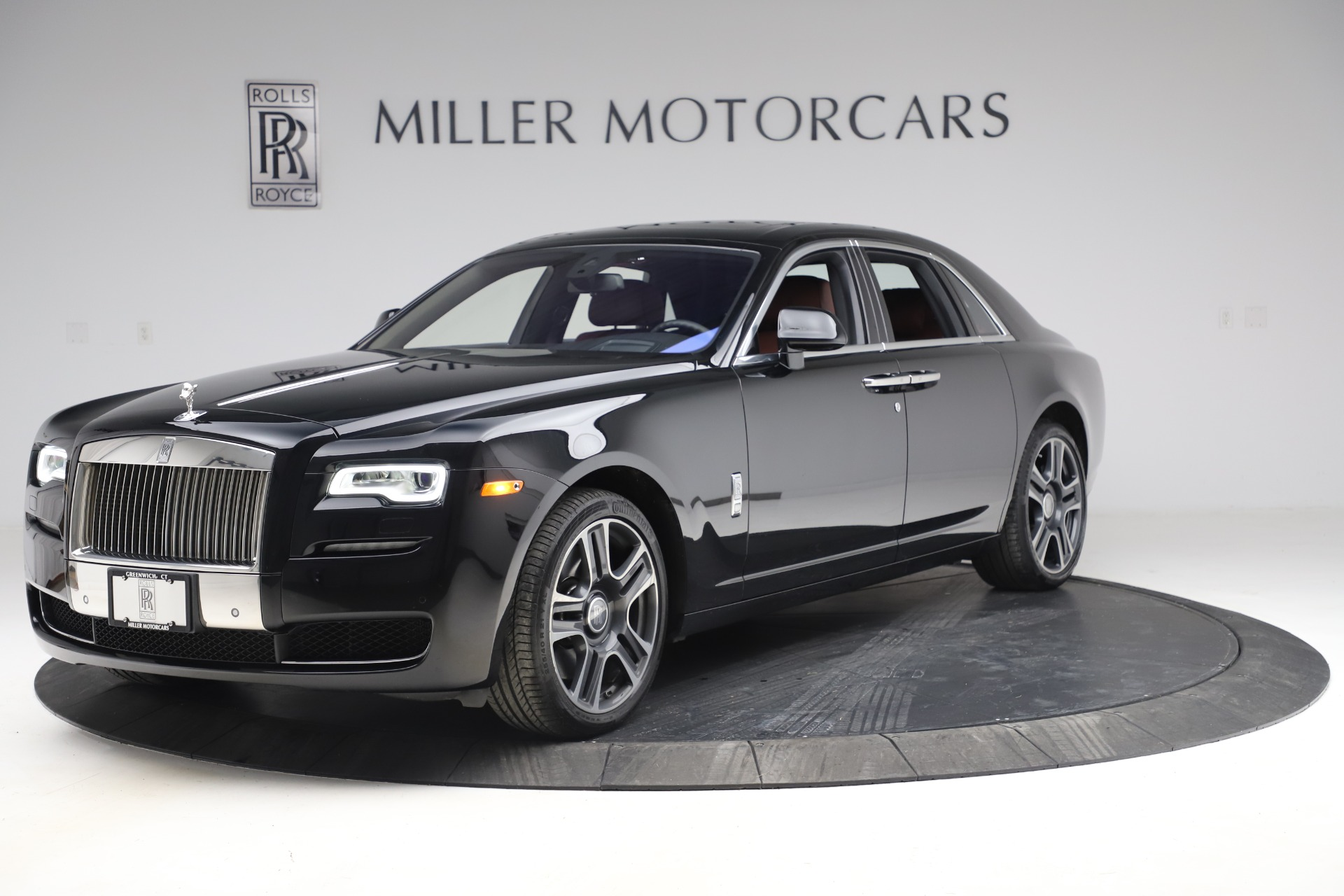 Used 2016 Rolls-Royce Ghost for sale $176,900 at McLaren Greenwich in Greenwich CT 06830 1