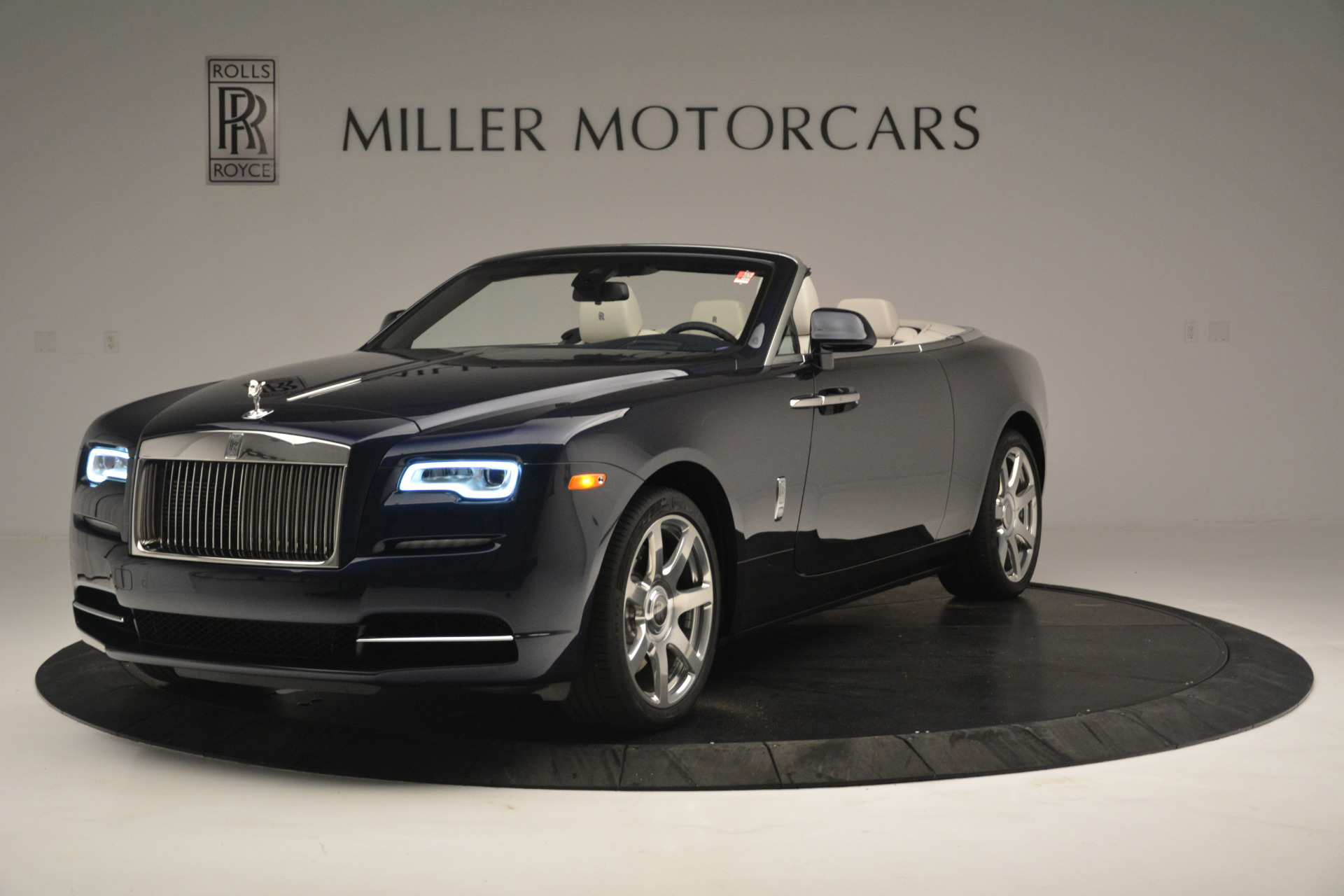 New 2018 Rolls-Royce Dawn for sale Sold at McLaren Greenwich in Greenwich CT 06830 1