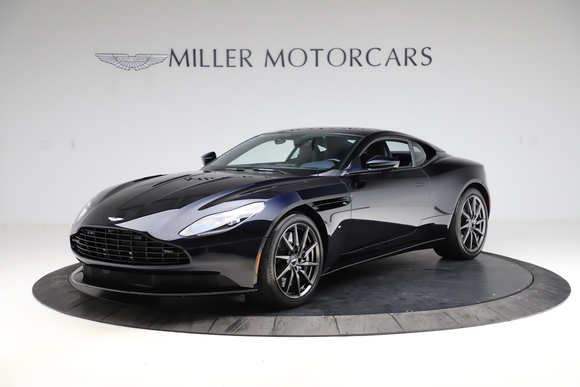 Used 2017 Aston Martin DB11 V12 for sale $149,900 at McLaren Greenwich in Greenwich CT 06830 1
