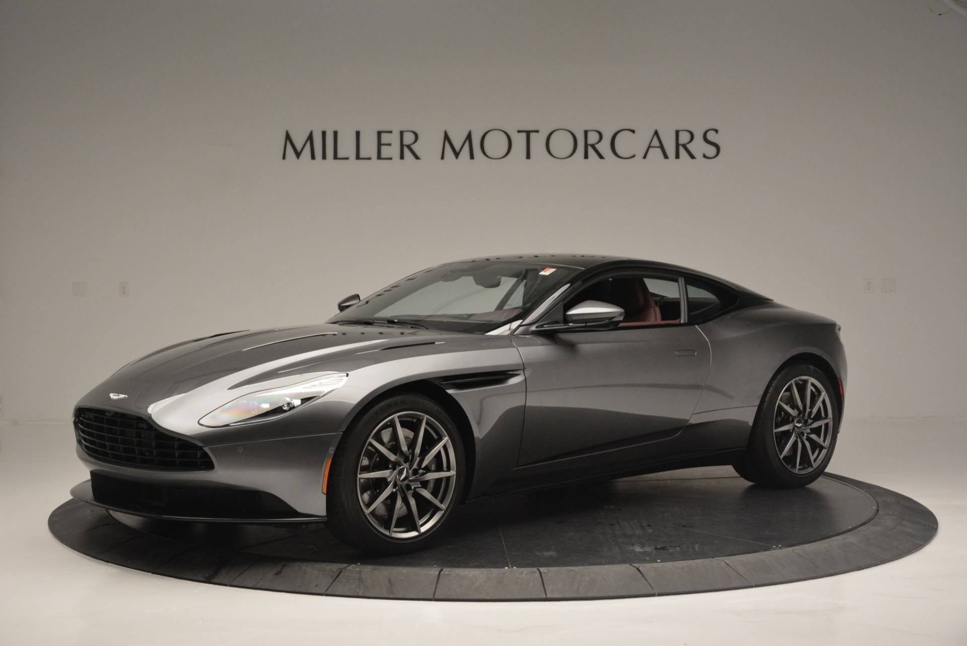 Used 2018 Aston Martin DB11 V12 for sale $167,990 at McLaren Greenwich in Greenwich CT 06830 1
