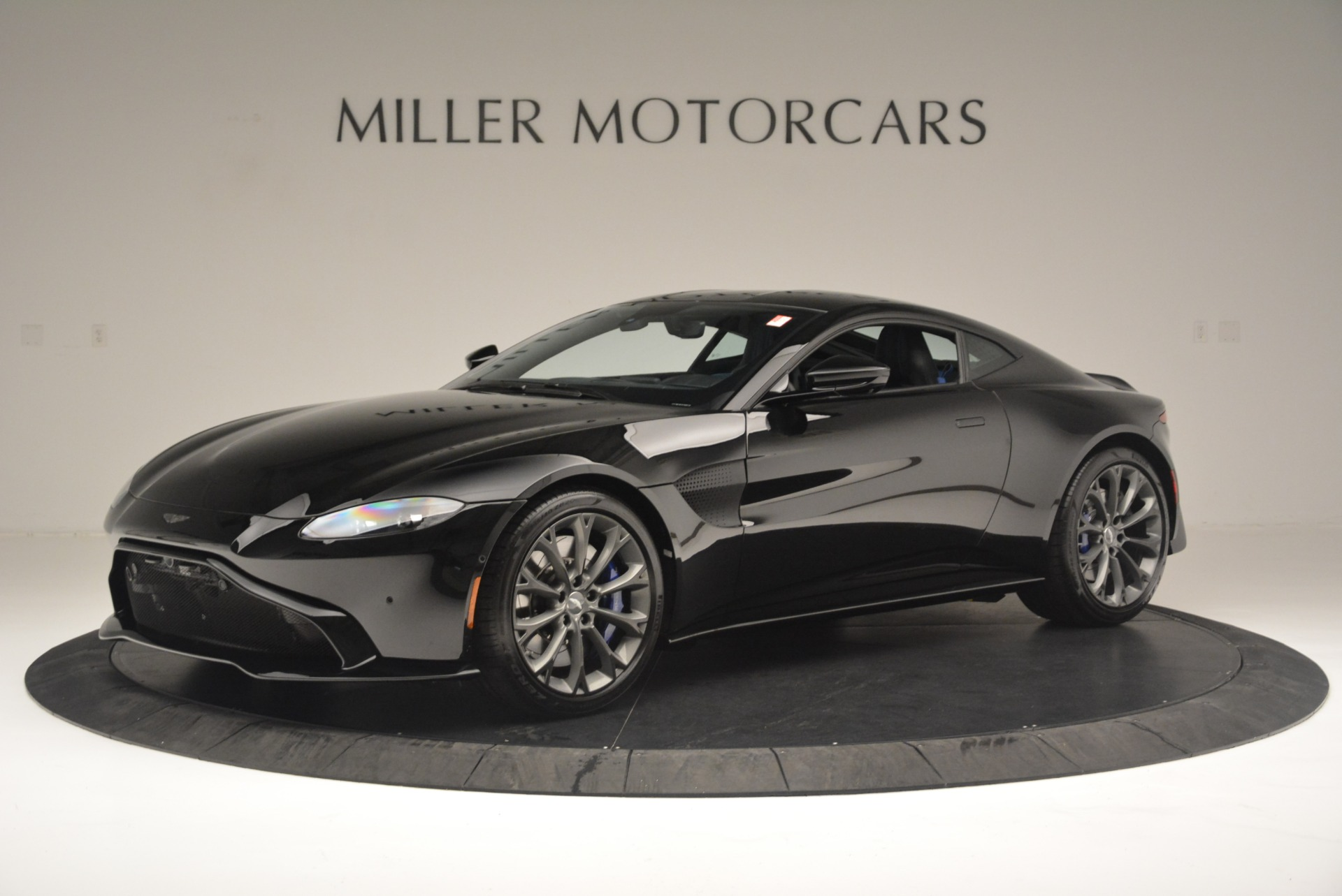 Used 2019 Aston Martin Vantage Coupe for sale $132,990 at McLaren Greenwich in Greenwich CT 06830 1